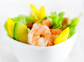 Healthy prawn salad